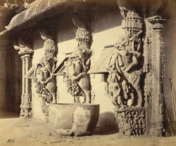 Close view of sculptured pillars on the edge of the mandapa of the Jalakanteshvara Temple, Vellore.